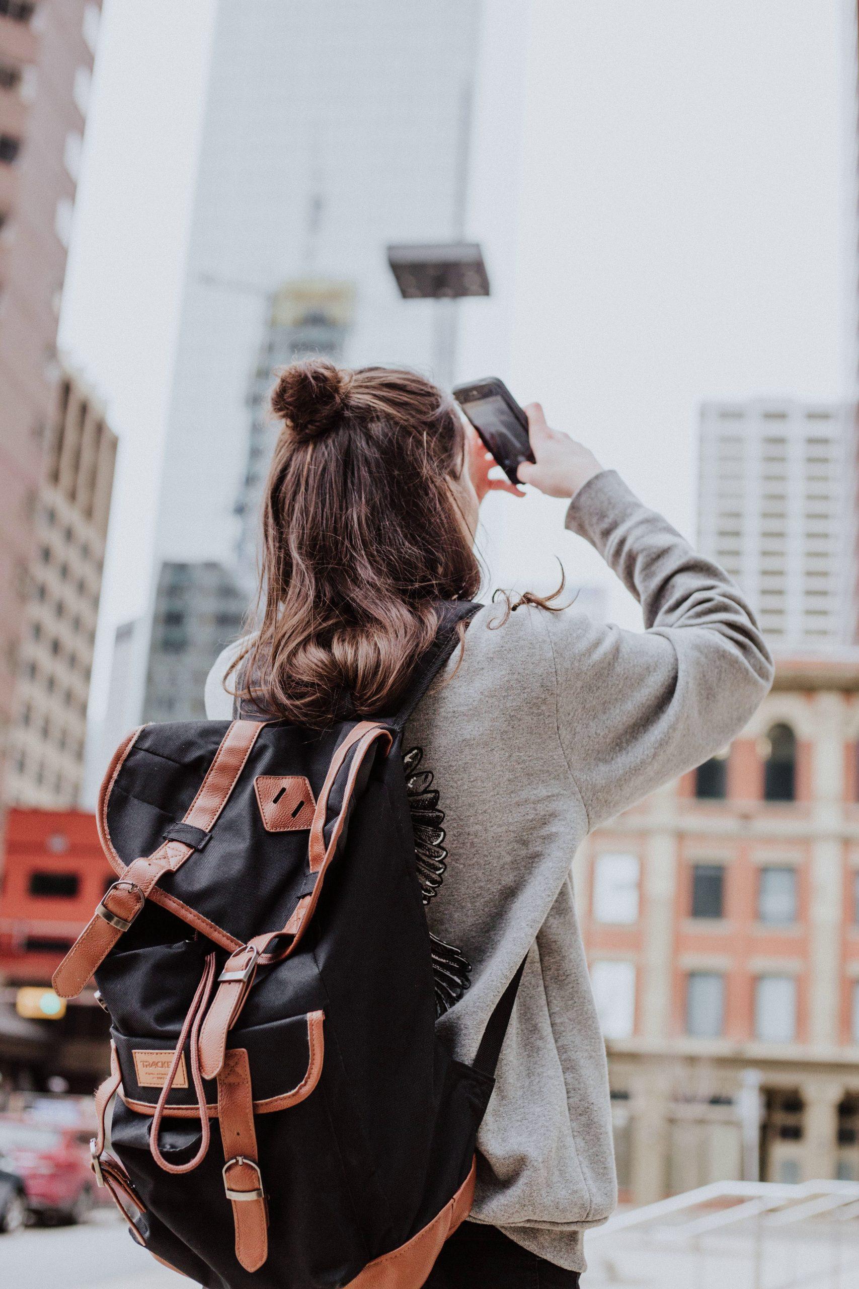 3-travel-blogger-before