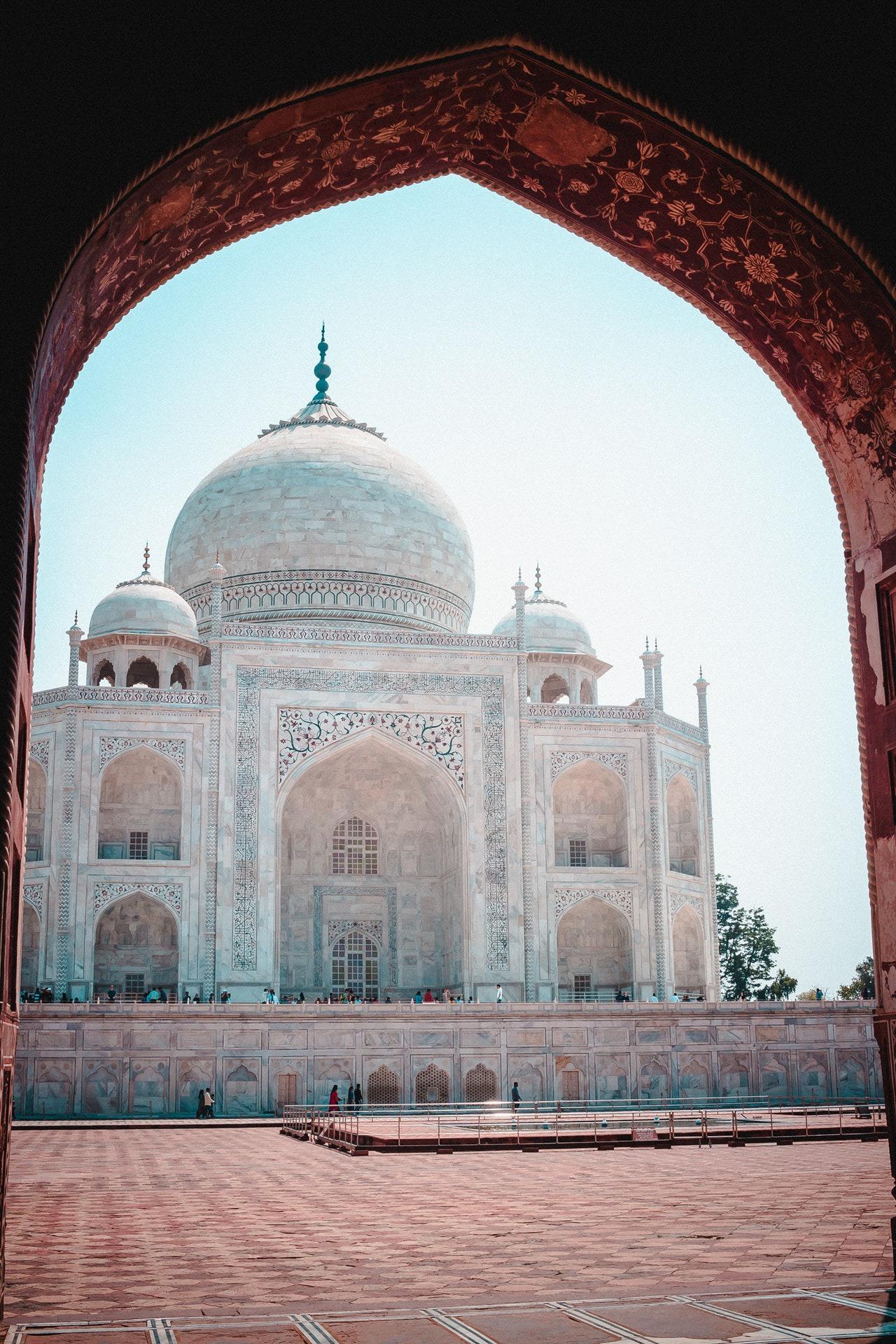 7-travel-blogger-after