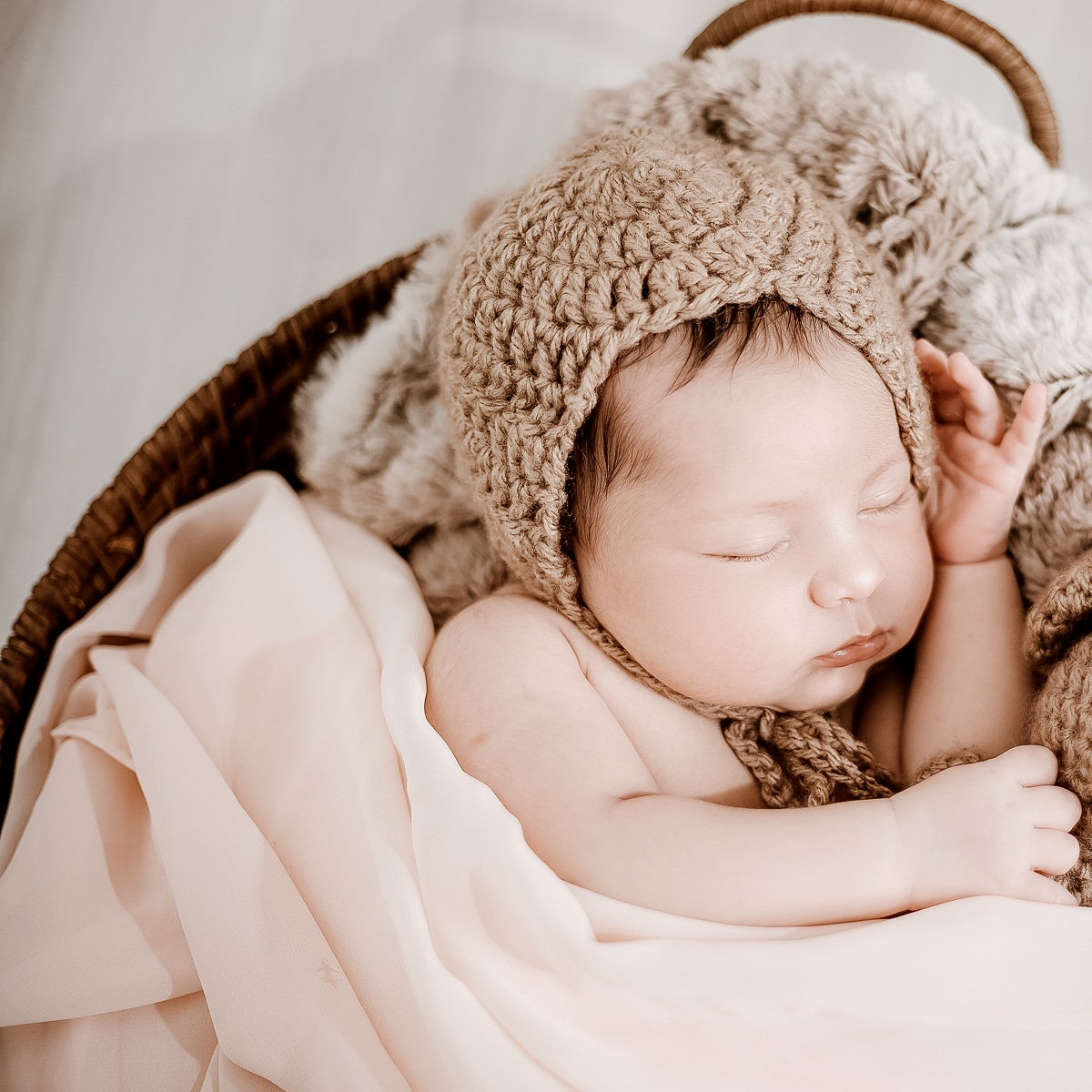Newborn-Warm-Light-After-10
