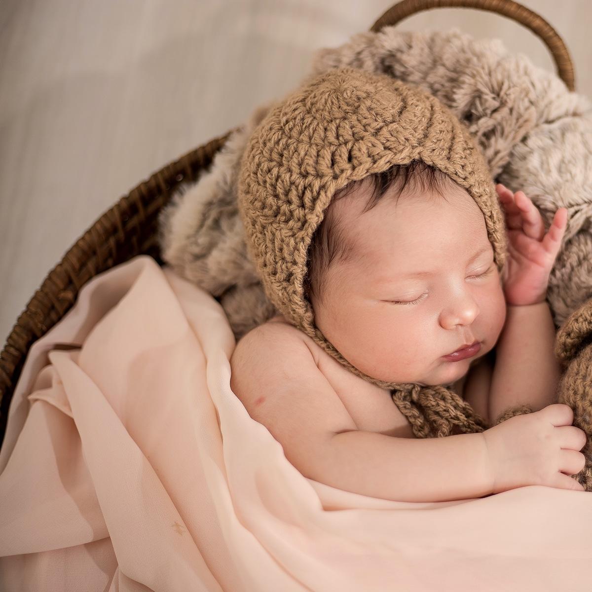Newborn-Warm-Light-Before-10